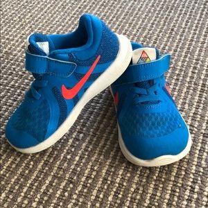 Toddler Boys Nike Sneakers- Size 7C